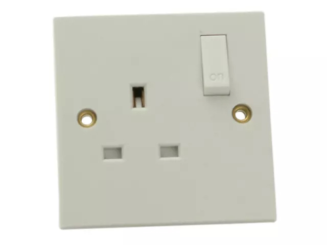 SMJ 1 GANG SWITCHED SOCKET 13A - WIGSSC